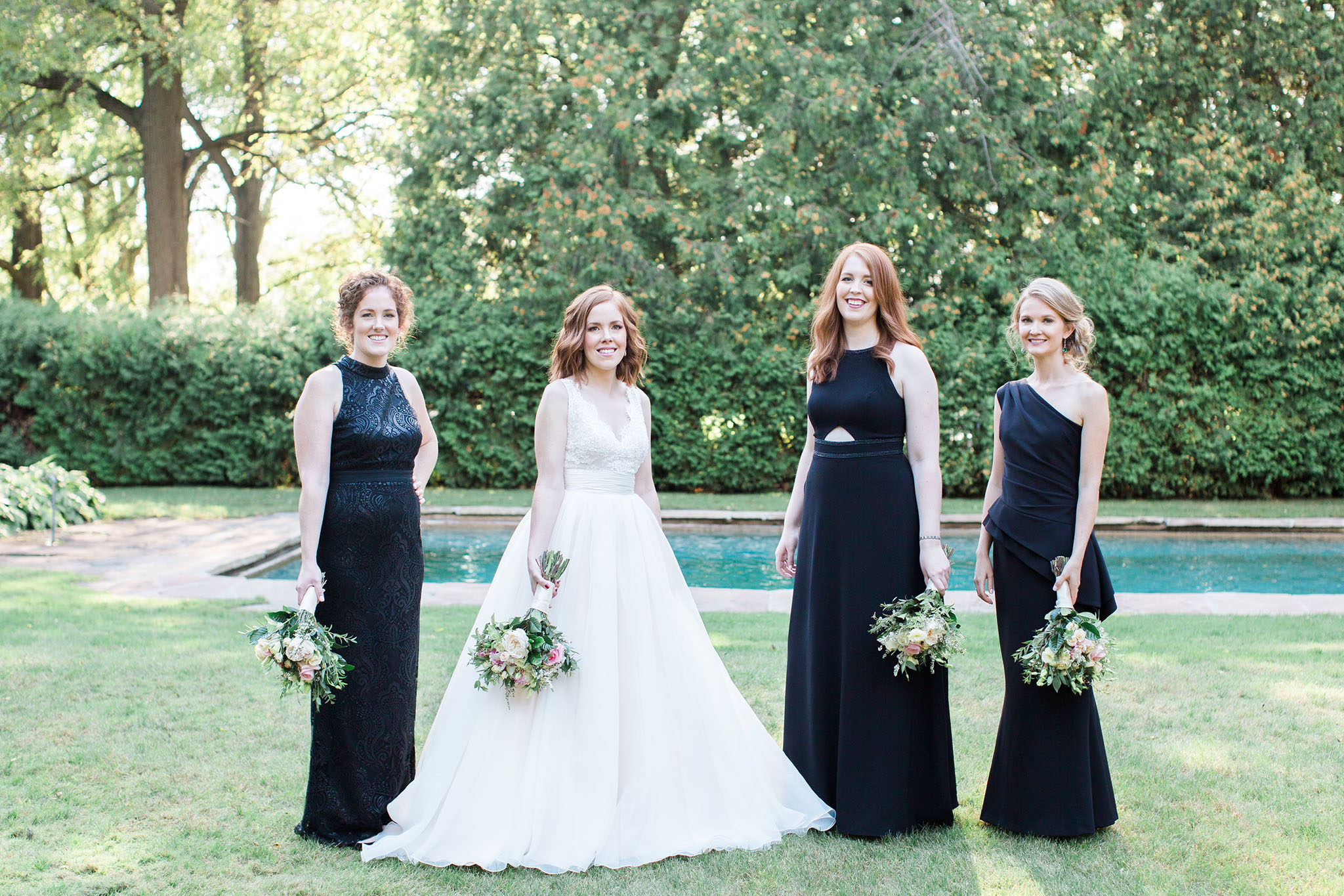 Penryn Park is a beautiful spot to create bridal party photos with elegance and charm