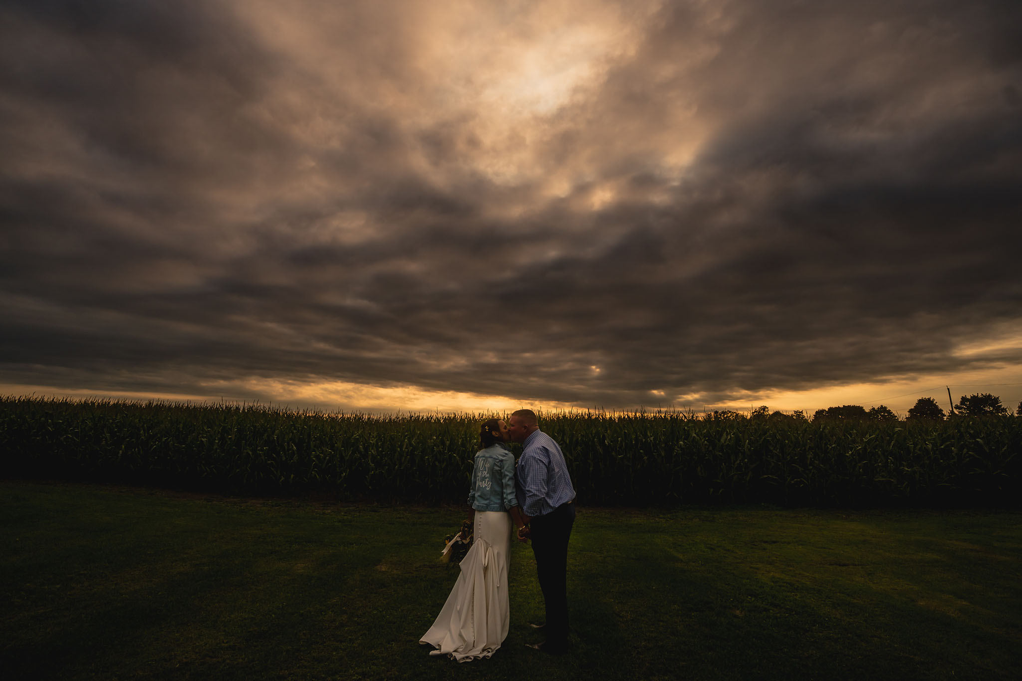 Farm wedding in Ontario